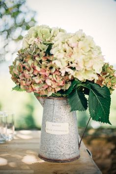 Top 15 Rustic Country Watering-can Wedding Ideas | http://www.deerpearlflowers.com/top-15-rustic-country-watering-can-wedding-ideas/