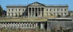 In Cheltenham, 4 gilded mansions lie vacant