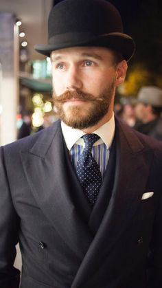 I love his moustache and beard. He looks sooo good in that suit. Hairy Men, Bearded Men, Beard No Mustache, Handlebar Mustache, Awesome Beards, Sartorialist, Costume, Suit And Tie, Hair And Beard Styles