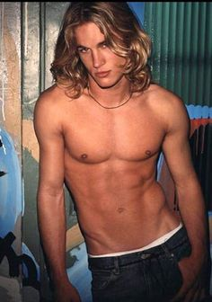 Travis Fimmel - I won't lie, I don't know who he is, but I don't care