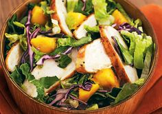 25 Low-Cal Salads That Fill You Up#cleaneating #eatingclean #salad #healthy #skinny