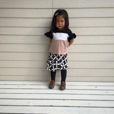 2016.9.17   3colors ruffled tops   3色切り替えトップス  ricoricoちゃんのママの一番のお気に入りコーデ  My favourite outfit  @maison_de_coudrico  @ricorico.bros  http://ift.tt/2cNltMn  にてオーダー承ります(oo)  #coudrico #kidsfashion #kids#handmade  #fashion #mamagirl #ig_photooftheday#lovekids #follow4follow#instafashion#fashionphotography #ootd #handmade #picoftheday #ig_kidsphoto#photooftheday#instagood #designer #girl#デザイン#ファッション#ママコーデ  #minne #creema#今日のコーデ#ハンドメイド#子供服 #キッズファッション#キッズコーデ#女の子#パンダ