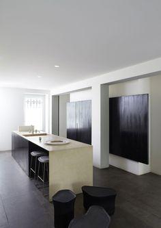 Kitchen by Joseph Dirand - studio valérie maltaverne - rue la condamine, Paris