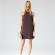 SALE: Reiss Hattie color block dress NWT Price drop from $110 to $90! Hattie style burgundy color block shift dress. A line shape, contrast shoulders and back in ice grey, exposed darts to the busy, a cut-out back with zip detail and side slits to hem. Size 6 and runs true to size. New with tags, never worn and in pristine condition. Reiss Dresses