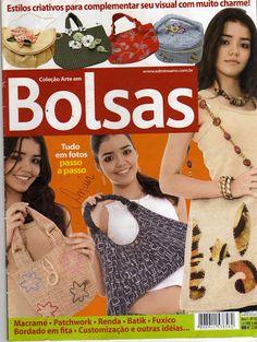 REVISTA DE BOLSAS 03 - Aline Barros - Picasa Web Albums Sewing Magazines, Tote Pattern, Pattern Drafting, Sewing For Beginners, 2 Colours, Purse Wallet, Crochet Necklace, Album, Purses