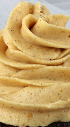 DROOLING --> Pumpkin Spice Buttercream Frosting #faceplant