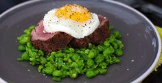 Looking for something hearty to tuck into on those chilly evenings? Why not try this Spicy Crushed Peas, Steak & Egg recipe? South African Recipes, Egg Recipes, Avocado Toast, Steak, Spicy, Eggs, Dishes, Breakfast, Food