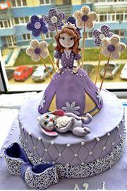 SOFIA THE FIRST CAKE.  TORT CU SOFIA INTAI