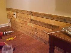Fai da te: rivestire una parete con pallet riciclati-Casa Servizi