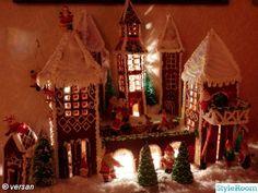 Bild på pepparkakshus - Vårt hem i julskrud -09. av tvillingmor