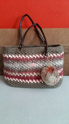 Straw Bag, Bracelets, Bags, Jewelry, Fashion, Bangles, Handbags, Jewlery, Moda