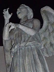 Les Anges pleureurs — Wikipédia