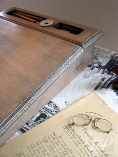 Pupitre écritoire de bureau ancien, à poser, 1900-1930. : Meubles et rangements…