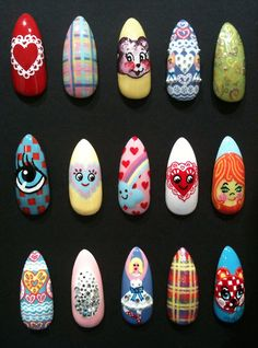 theillustratednail:    Meadham Kirchhoff spring/summer 2012 catwalk nail set for Joyce Boutique, Hong Kong…