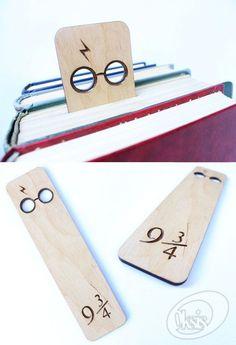 Christmas ideas: Harry Potter bookmark Platform 9 3/4 Wooden bookmark bookmark gift Laser cut Laser engraved