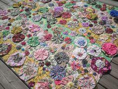 Bloom Quilt by KimsCraftyApple, via Flickr