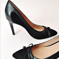 "• SOLE SOCIETY • Sonita pump- Scalloped leather trim and a dainty bow refine the classic silhouette of a single-sole suede pump. 4"" heel Leather upper/synthetic lining and sole Size 8.5- true to size Box included Sole Society Shoes Heels"