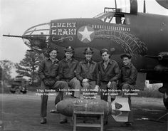 "B-17 ""Lucky Graki"" Crew, 323rd BG, 454th BS, England 1943"