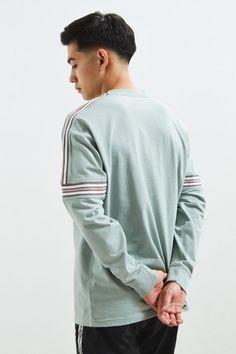 UO Ribbed Drop Shoulder Long Sleeve Tee | Urban Outfitters Korean Men Hairstyle, Korean Hairstyles, Popular Haircuts, Haircuts For Men, Medium Hair Styles, Short Hair Styles, Crew Cuts, Asian Hair, Hair Studio