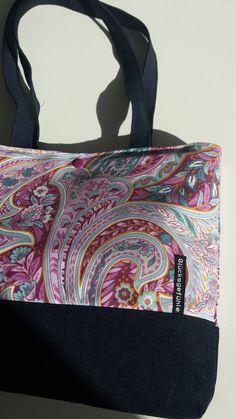 Gym Bag, Bags, Fashion, Handbags, Moda, Fashion Styles, Duffle Bags, Taschen, Purse