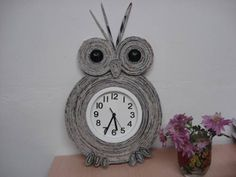 Reloj_de_pared_con-papel
