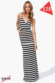 Up Away Dress - Black/White
