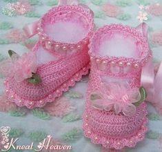 Boutique Crochet Little Lady Baby Booties w/Pearls #2 - Kneat Heaven