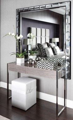 Modern console table with soft colors, for a contemporary interior. Modern console table with soft colors, for a contemporary interior. For the Home Contemporary Interior Design, Contemporary Bedroom, Modern House Design, Decor Interior Design, Modern Contemporary, Interior Modern, Furniture Design, Lobby Interior, Bedroom Furniture