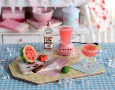 Miniature Making Watermelon Margaritas Set by CuteinMiniature Cute Polymer Clay, Cute Clay, Polymer Clay Charms, Miniature Crafts, Miniature Food, Miniature Dolls, Miniature Christmas, Diy Doll Miniatures, Polymer Clay Miniatures