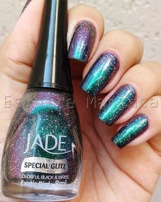 Nossa q esmalte lindo Esmaltemaníaca: Exotic Bird (Heritage) - Jade Fabulous Nails, Perfect Nails, Gorgeous Nails, Love Nails, My Nails, Nail Ring, Pretty Nail Art, Manicure And Pedicure, Nails Inspiration