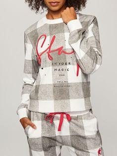Unique collection of nightwear — only at Reserved store. Loungewear Outfits, Sleepwear & Loungewear, Nightwear, Girls Pajamas, Pajamas Women, Night Suit, Daily Dress, Pyjamas, Pajama Set