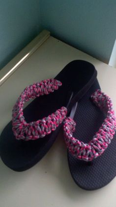 550 Paracord Flip Flops by JerseyPrincessKnotss on Etsy, $18.00