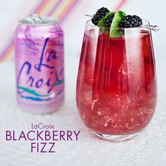 Skinny Blackberry Fizz using calorie and sweetener free LaCroix as mixer! #skinnycocktail #client