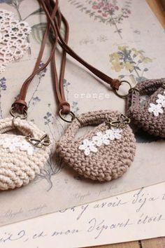 crochet minibag necklace