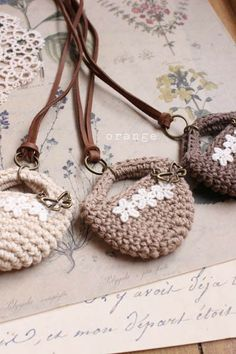 crochet minibag necklace