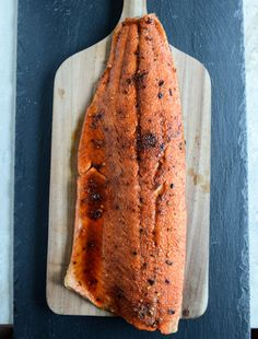 Broiled Spicy Brown Sugar Salmon I howsweeteats.com