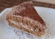 Express coffee and walnut cake.Ekspresowy tort kawowo-orzechowy.