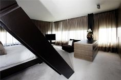 The Netherlands / Rotterdam / Harbour / Penthouse / Bed Room / Eric Kuster / Metropolitan Luxury