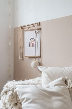 Beige Walls Bedroom, Warm Bedroom Colors, Beige Room, Beige Nursery, Modern Kids Bedroom, Girls Bedroom, Murs Beiges, Baby Room Decor, Girl Room