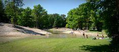 Nederland | Brabant | Schaijk | Dichtbij Oss | 100 km | Kamperen, camperplekken, in natuurgebied De Maashorst Noord-Brabant. Kamperen in een bosrijke omgeving, strandje, zwemmen, avonturenpad, broodjesservice