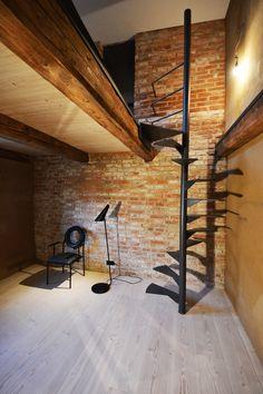 sanierung denkmalgeschuetzte hofstelle landshut burgmeier voelkl spindeltreppe