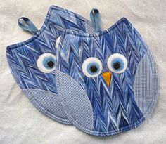 Sewing gifts diy pot holders 17 ideas for 2020 Owl Patterns, Patchwork Patterns, Quilt Patterns, Sewing Patterns, Fabric Crafts, Sewing Crafts, Sewing Diy, Quilting Projects, Sewing Projects