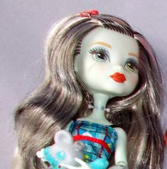 """Calaminthes """"Clawdeens Photoblog"""": Three Themes: 1. REVIEW: Ghouls Beast Pet Frankie,..."""