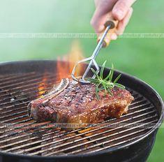 Marynowane żeberka z grilla Bbq Grill, Grilling, Kitchen Grill, I Foods, Steak, Dishes, Baking, Recipes, Cook