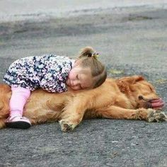 Happy Hug Your Hound Day: 30 Pictures Of Cuddly Dogs Giving Happy Hugs Dogs And Kids, Animals For Kids, Animals And Pets, Baby Animals, Dogs And Puppies, Cute Animals, Doggies, Love My Dog, Tier Fotos