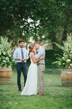 first kiss! | Jen Dillender #wedding