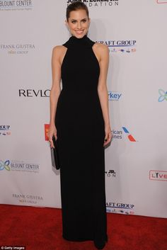 Allison Williams in a Christian Dior gown with a shawl collar, satin sandals & a Dior clutch @ Elton John's AIDS benefit