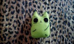 Pupazzo gatto zombie kawaii bambola di BarbaraCreazioni su Etsy, €5.90