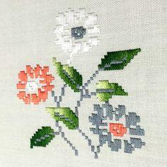 Needlework, Graffiti, Diy And Crafts, Cross Stitch, Kids Rugs, Embroidery, Crochet, Handmade, Sardinia