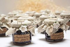 Eco friendly favors that are . Useful and cheap favors for jam jars - Food Wedding Favors, Inexpensive Wedding Favors, Cheap Favors, Wedding Decorations, Garden Party Wedding, Green Wedding, Chic Wedding, Rustic Wedding, Jar